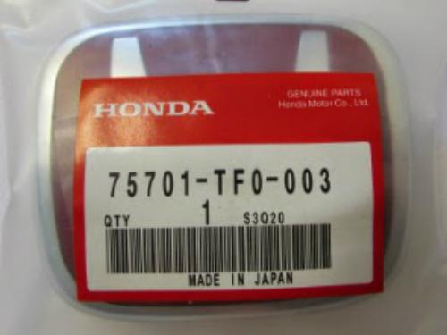 Red Emblem HONDA Size 9,2x7,5