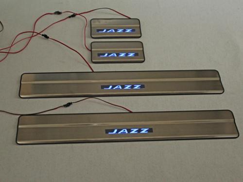 Door sill plate (pelindung pintu) Honda Jazz 2014 dengan LED
