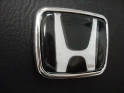honda-hitam-ukuran-6.9x5.8-cm
